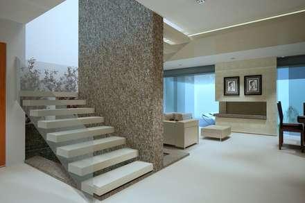 modern Corridor, hallway & stairs by CouturierStudio