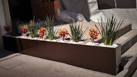 PUNTA NORTE: Jardines de estilo minimalista por H+R ARQUITECTOS