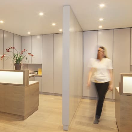 View of reception:  Clinics by Studio 29 Architects ltd