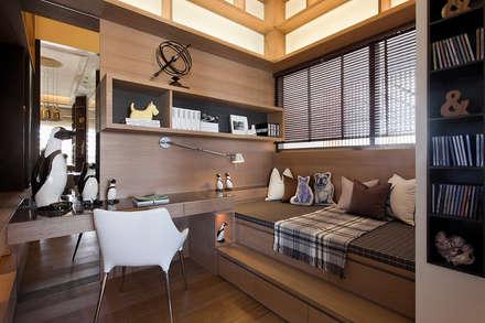上河園:  嬰兒/兒童房 by 大觀室內設計工程有限公司