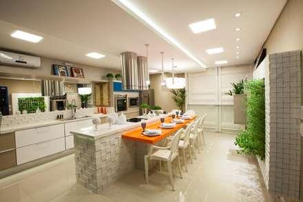 Espaço Gourmet : Cozinhas modernas por Amanda Diniz Arquitetura & Interiores