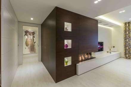 Appartamento FC: Ingresso & Corridoio in stile  di ABBW angelobruno building workshop