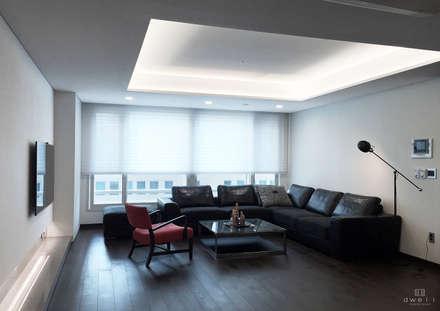 modern Living room by 드웰디자인