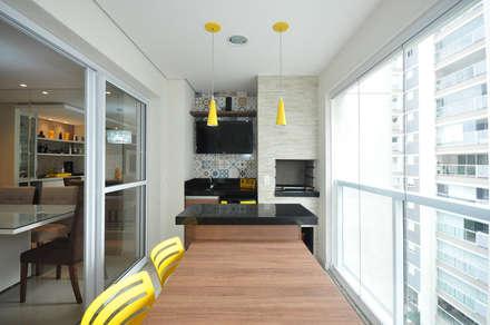 Apartamento São Caetano - 113M²: Terraços  por Condecorar Arquitetura e Interiores