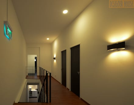 2nd Level consultation floor: colonial Corridor, hallway & stairs by Designer House