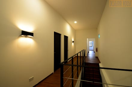 2nd Level: colonial Corridor, hallway & stairs by Designer House