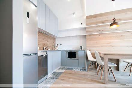 Mieszkanie Twardowskiego: styl , w kategorii Kuchnia zaprojektowany przez jaganna