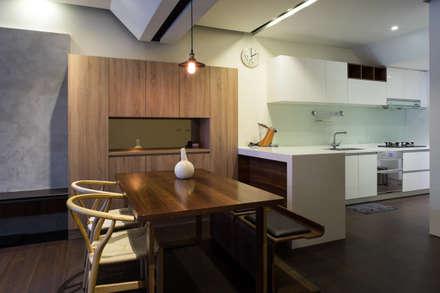 餐廳:  餐廳 by UNIQUE DESIGN優尼客空間設計