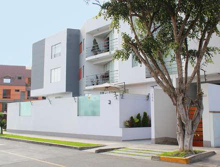 : Casas de estilo minimalista por Soluciones Técnicas y de Arquitectura