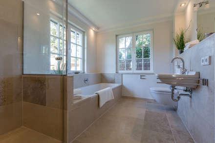 Ideen Badezimmer ? Bitmoon.info Waschbecken Design Flugelform