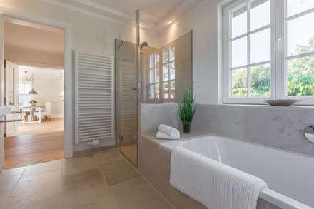 homestaging nach hausumbau in westerland auf sylt moderne badezimmer von home staging sylt gmbh - Moderne Badezimmer