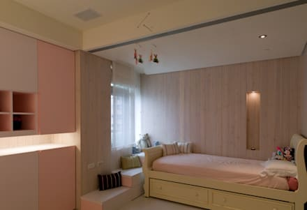 country Bedroom by 鼎爵室內裝修設計工程有限公司