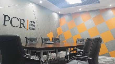 Directorio : Oficinas y Tiendas de estilo  por Soluciones Técnicas y de Arquitectura