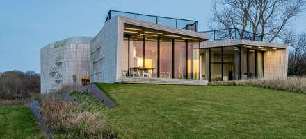 moderne Häuser von Aeon Studio Firenze (architecture and design)