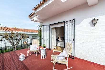 Terraza de dormitorio: Terrazas de estilo  de Home & Haus | Home Staging & Fotografía