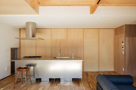 minimalistic Kitchen by coil松村一輝建設計事務所