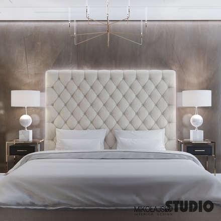 masterbedroom luxurious: ausgefallene Schlafzimmer von MIKOLAJSKAstudio