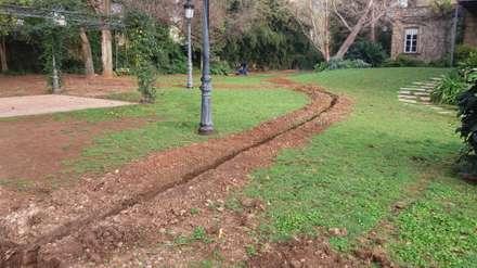 Instalación de riego automático en Casa Santonja : Jardines de estilo rústico de Electrobombas Jávea