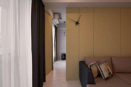 通往私領域的秘密:  窗戶與門 by 趙玲室內設計