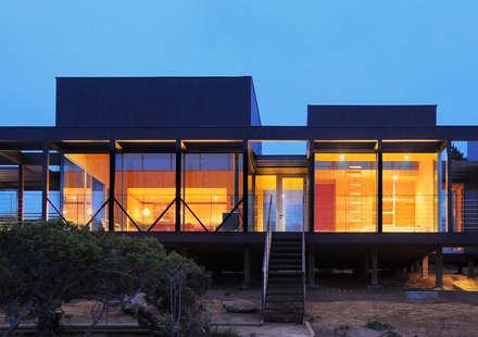 منزل عائلي صغير تنفيذ Nicolas Loi + Arquitectos Asociados