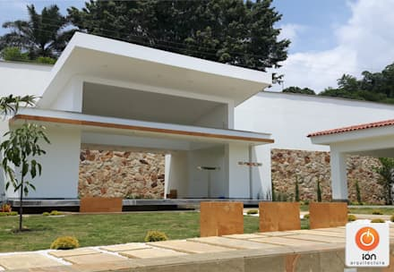 CAPILLA: Museos de estilo  por ION arquitectura SAS
