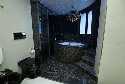 Villa Unifamiliare 300mq : Bagno in stile in stile classico di T_C_Interior_Design___