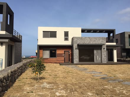 modern Houses by 원건축