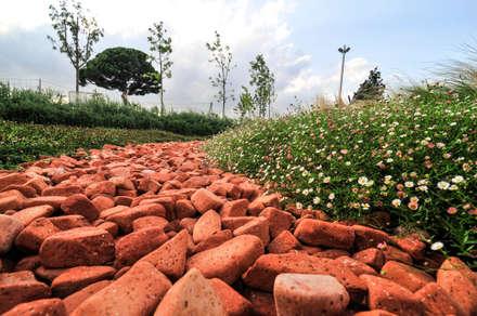 JARDINES: Jardines de estilo industrial de jardinista