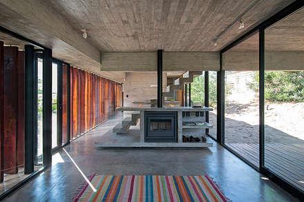 Casas modulares: Casas de estilo mediterraneo por green planet