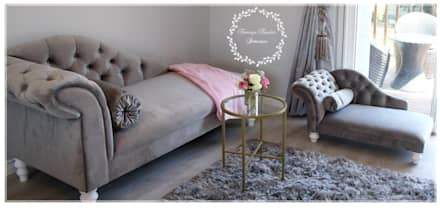 Fit for a Queen: Pink, Grey & Gold Bedroom: classic Bedroom by Tamsyn Fowler Interiors