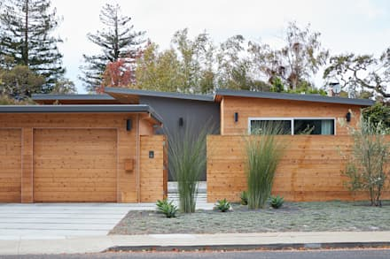 San Carlos Midcentury Modern Remodel: modern Houses by Klopf Architecture