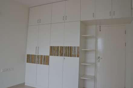 Habitaciones de estilo asiático por Scale Inch Pvt. Ltd.