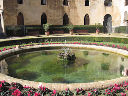 SERVICIOS DE MANTENIMIENTO: Jardines de estilo colonial de jardinista