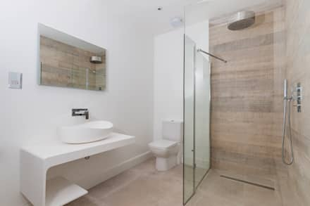 House Renovation Lysia Street, Fulham SW6: modern Bathroom by APT Renovation Ltd
