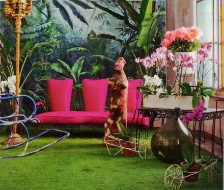 jungle: Spazi commerciali in stile  di Roberto Bricchi