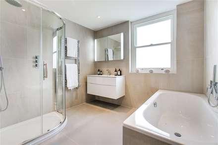 Perrymead Street, SW6: modern Bathroom by APT Renovation Ltd