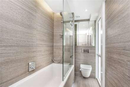 St. James's Terrace, St John's Wood, NW8: modern Bathroom by APT Renovation Ltd