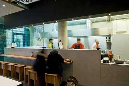 Jackie Su Restaurant by RAUMINRAUM:  Gastronomie von rauminraum