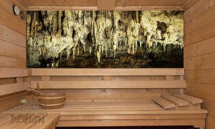 Sauna mit Blick auf eine Stalaktiten Hölle... Glasbild.:  Sauna von Mitko Design