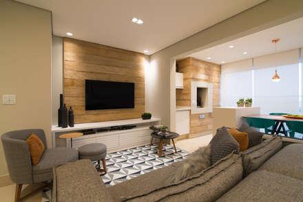 Integração Sala e Varando Goumert: Salas de estar modernas por Danyela Corrêa Arquitetura