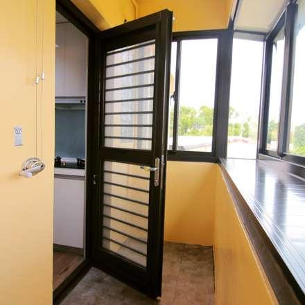 小空間大利用:  牆壁與地板 by 豪斯室內空間設計