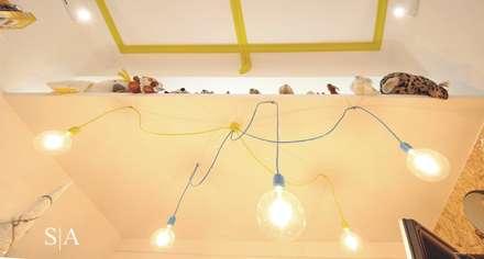 Mile1brinquedos: Quartos de criança industriais por Sandra Almeida Arquitectura e Interiores