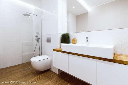 Subtelna elegancja: styl , w kategorii Łazienka zaprojektowany przez WOJSZ studio