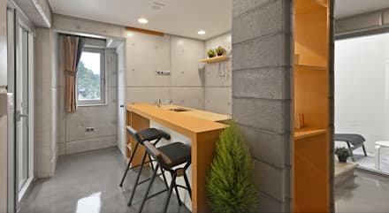 : modern Dining room by 건축사사무소 어코드 URCODE ARCHITECTURE