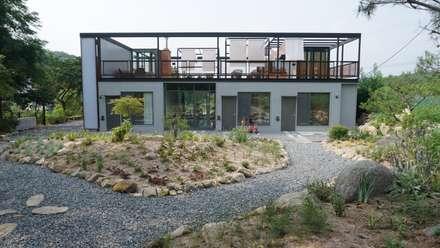 BnB 모안: atelierBASEMENT의  정원