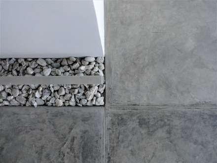 Apartamento de Playa: Cocinas de estilo minimalista por RRA Arquitectura