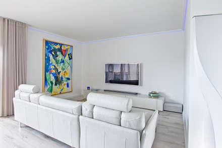 Sala - zona de estar: Salas de estar modernas por menta, creative architecture