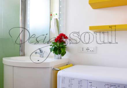 RELOOKING Arredamento BAGNO Appartamento MARE: Bagno in stile in stile Eclettico di Design of SOUL Interior DESIGN