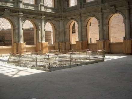 MUSEO DEL PRADO (MADRID): Museos de estilo  de GRUPO CECATHERM