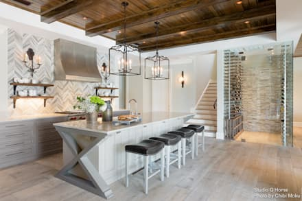 Studio G & Steve Murray - Paradise on S. Bay - Interior 1: moderne Garage & Schuppen von Chibi Moku